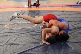 Okullar Arası Gençler A Güreş Müsabakaları Sona Erdi