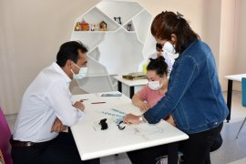 İl Müdürü Mehmet Çalışkan'dan Özel Öğrencilere Ziyaret