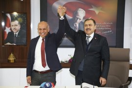 Bakan Eroğlu Ve Bakan Elvan Karaman Belediyesi'ni Ziyaret Etti