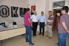 İl Milli Eğitim Müdürü Mevlüt Kuntoğlu okulları ziyaret etmeye devam ediyor.