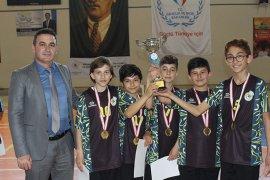 Okullar Arası Küçükler Badminton Müsabakaları Sona Erdi