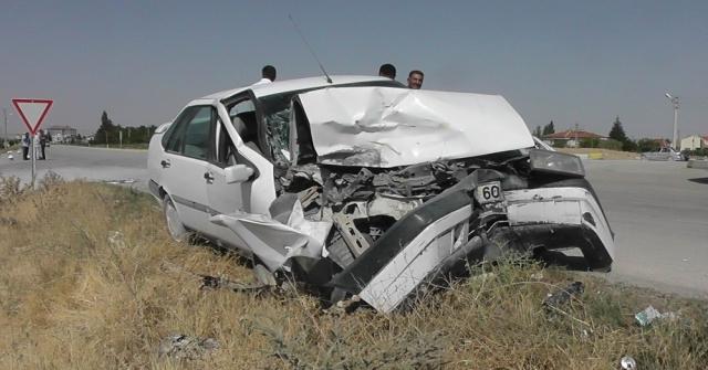 Kuluda Trafik Kazası: 3 Yaralı