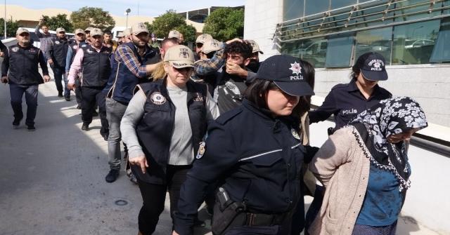 Mersinde Polis Servis Aracına Yönelik Bombalı Saldırının Zanlıları Yakalandı