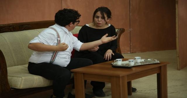 Erdemli Belediyesi Şehir Tiyatrosundan, Üniversite Öğrencilerine Tiyatro Gösterisi