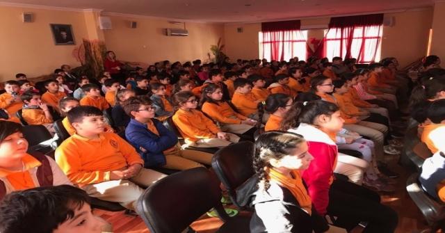 Öğrencilere Çocuk Hakları Eğitimi Verildi