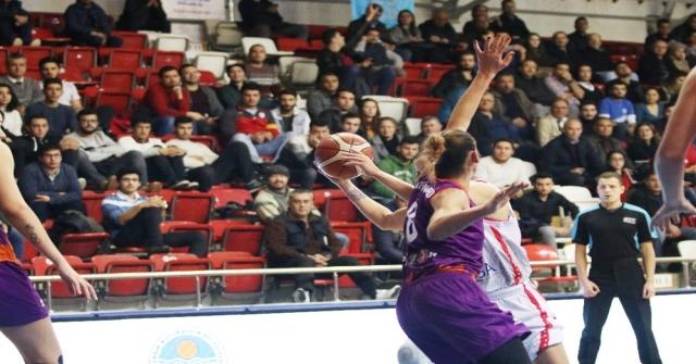 Mersin Büyükşehir Belediyespor, Çeyrek Finale Göz Kırptı