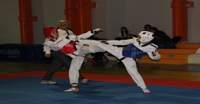 Taekwondo Gençler İl Birinciliği Sona Erdi