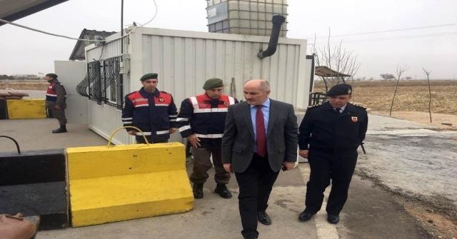 Vali Meral, Jandarma Uygulama Noktasını İnceledi