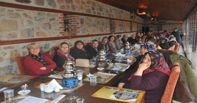 """Akşehirde """"Hanım Kardeşlerimiz İle Akşehirimizi Konuşuyoruz"""" Toplantıları"""