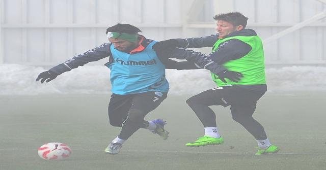 Atiker Konyaspor Günü Tek Antrenmanla Değerlendirdi