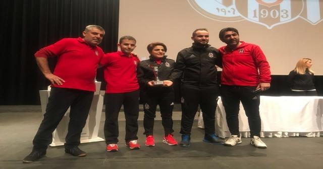 Mersinin Minik Kartalları, Antalyadan İki Şampiyonlukla Döndü