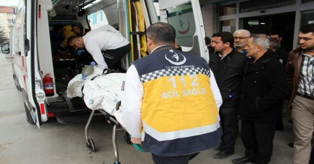 Konyada 3. Kattan Düşen Genç Yaralandı