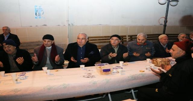 Belediyeden Cami Cemaatine Çorba İkramı