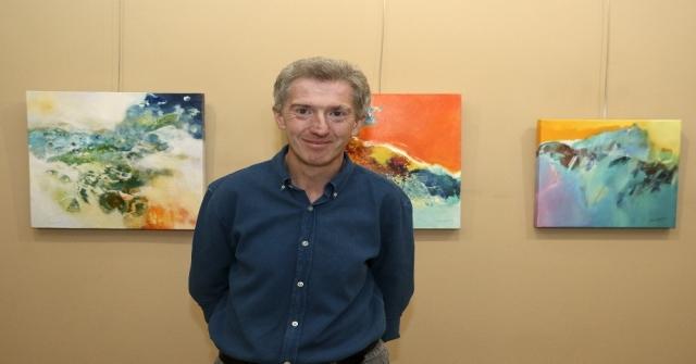 İngiliz Ressam Raynham, Mtsoda Sergi Açtı