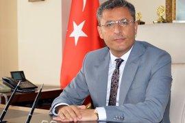 Akdeniz Kaymakamı ve Belediye Başkanı Pamuk, görevine başladı