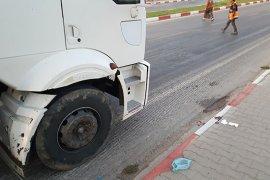 Karaman'da kamyonun çarptığı yaşlı kadın yaralandı