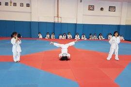 Karaman'da Tekvando Kuşak Sınavı Yapıldı