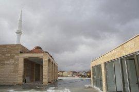 Ahmet Yesevi Camisi Tamamlanmak Üzere