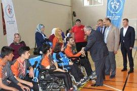 Milletvekili Şeker,Karamanlı sporcularla bir araya geldi