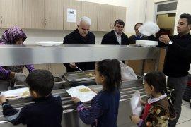 İl Müdürü Kuntoğlu, Bucakkışla İlk ve Ortaokuluna Misafir Oldu
