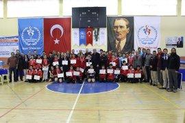 Analig Masa Tenisi Grup Müsabakaları Karaman'da Yapıldı