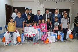 Karaman'da hükümlü çocuklarına kırtasiye ve kıyafet yardımı