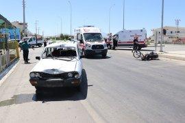 Otomobil Motosikletle Çarpıştı; 2 Yaralı