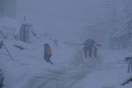 Taşeli bölgesinde yoğun kar yağışı hayatı olumsuz etkiliyor