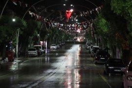 Karaman sokakları sessizliğe büründü.