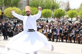 Hazreti Mevlana Karaman'dan temsili olarak Konya'ya uğurlandı