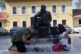"""Karaman'da """"Sokakta Satranç Var"""" etkinliği düzenlendi"""