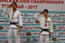 İl Müdürü Kısacık'tan, Milli Judocuya Tebrik