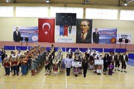 Karaman Halk Oyunları Yarışmaları İle Şenlendi