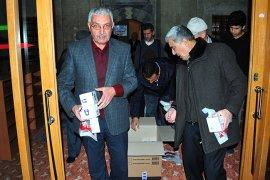 Karaman Belediyesi 26 Camide Kandil Simidi İkram Etti