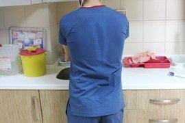 Sağlık personeli fedakârca çalışıyor