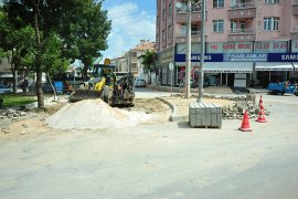 Belediyeden Yol Düzenleme Ve Genişletme Çalışmaları