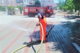 Belediye Camileri Ve Çevresini Cuma Namazına Hazırlıyor