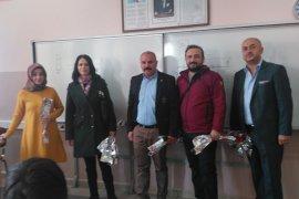 MHP İl Başkanlığı Öğretmenleri Unutmadı