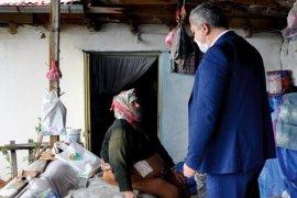 Başkan Zorlu,Temizlik Malzemesi Dağıttı