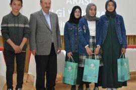 Öğrenciler Bilgi Yarışmasının Finalinde Kıyasıya Yarıştı