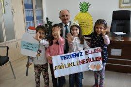 Vali Sayın Fahri Meral ve Kuntoğlu Minik Öğrencilerle