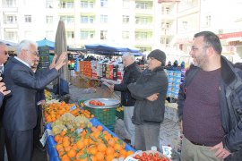 Şaban Şahin, Cumartesi Pazarını Ziyaret Etti
