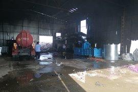 Karaman'da katı atık ayrıştırma tesisindeki çöpler yandı