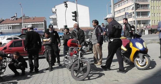 Kuluda Çalıntı Ve Plakasız Motosikletler Toplanıyor