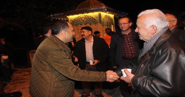 Beyşehir Belediyesinden Kandil Gecesinde Sıcak Süt İkramı