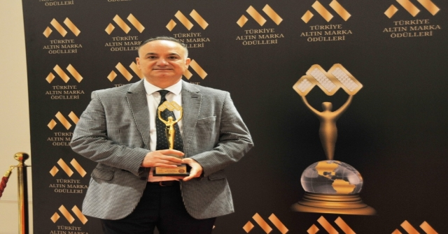 Yılın Tıp Adamı Ödülü Op. Dr. Erdal Cücüke