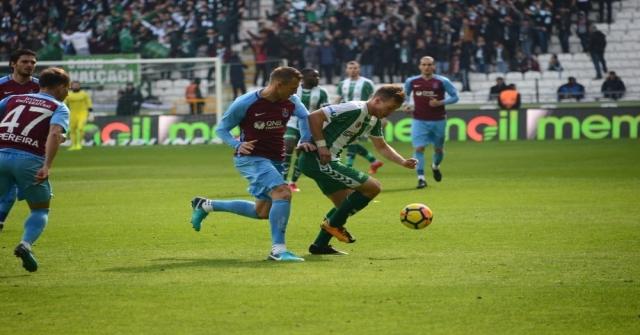 Süper Lig: Atiker Konyaspor: 0 - Trabzonspor: 0 (İlk Yarı)