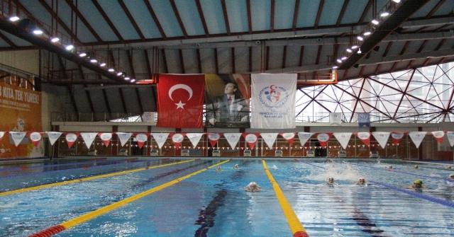 Yüzme Milli Takımının Mersin Kampı Sona Erdi