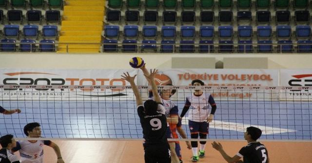 Türkiye Okul Sporları Voleybol Gençler Grup Birinciliği Mersinde Başladı