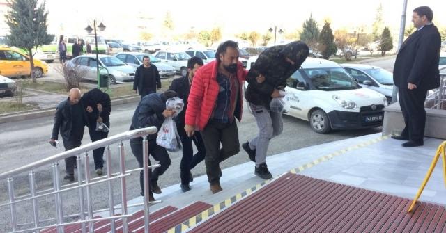 Konyada Evlerden Hırsızlığa 3 Gözaltı